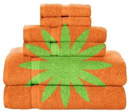 Green and orange towel sets