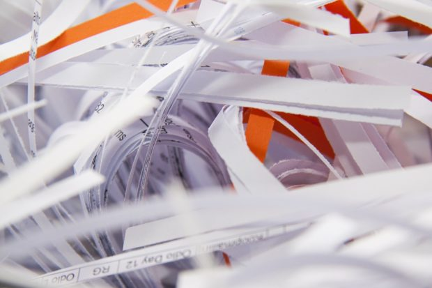 shredder-When to shred financial documents